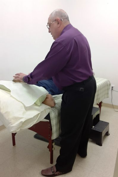 Acupuncture treatment performed by Dr Tsan