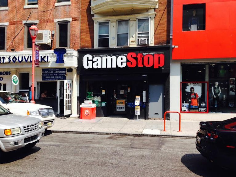 New Philadelphia Gamestop Policy Requires Customer
