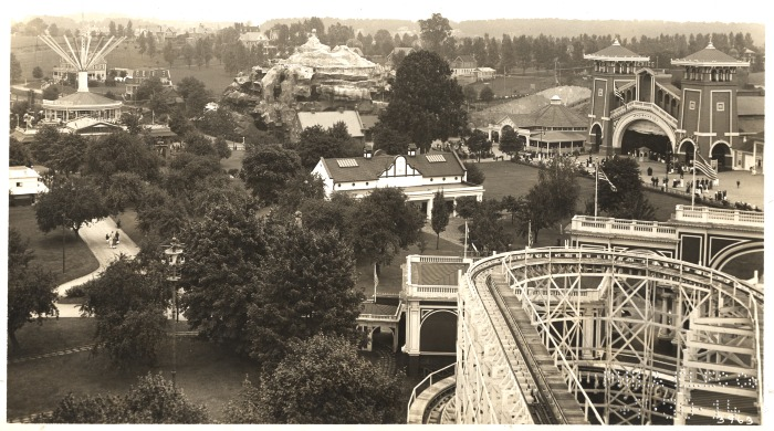 https://i0.wp.com/philadelphiaencyclopedia.org/wp-content/uploads/2013/06/Willow-Grove-Amusement-Park.jpg