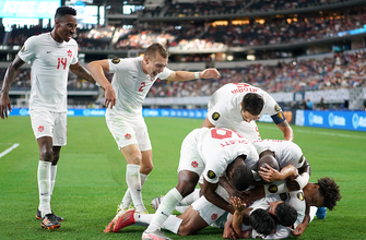Canada advances to Gold Cup semifinals after dominant 2-0 win over Costa Rica
