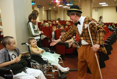 Цирк в детских больницах — дело серьезное