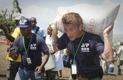 Шон Пенн получит награду за «Катрину» и Гаити
