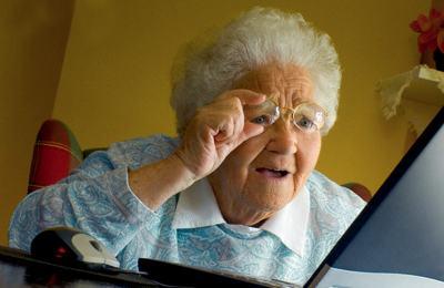 Московских бабушек отправят в интернет