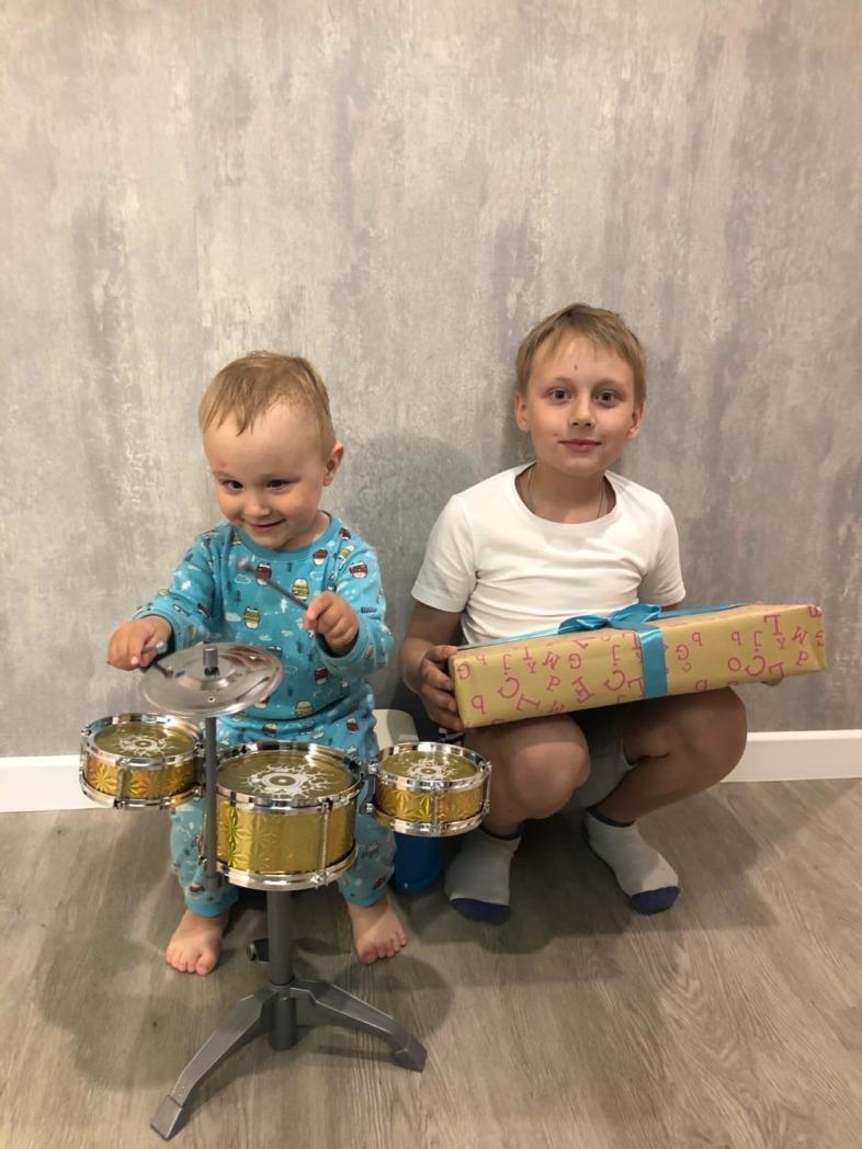 536 детей из шести городов России получили подарки от Благотворительного фонда «Дорога к дому»