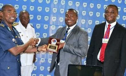 Stanbic Bank gives Command & Staff College laptops and money
