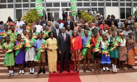 20 students receive President's Independence Day Awards