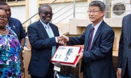 Korea Foundation gives medical equipment to Health Service