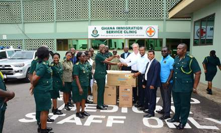 Engage Now Africa gives medical supplies to GIS Clinic