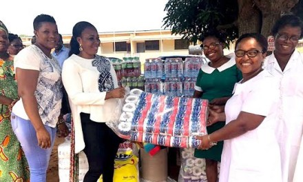 Dela, Okor Waves give to Kasseh Clinnic