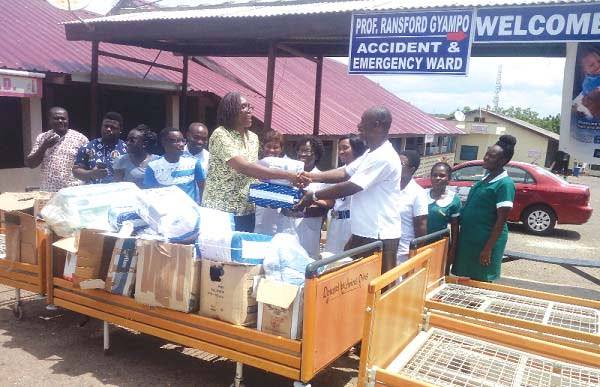 Amicus Onlus gives equipment to Saltpond Hospital