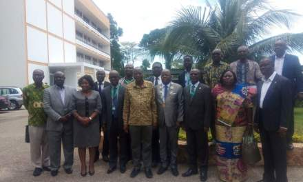 Ghana Institution of Surveyors gives equipment to KNUST