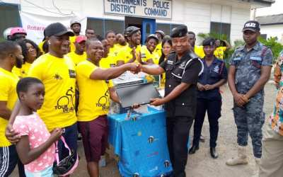 Rotaract Club of Accra-Labone gives to Cantonments Police