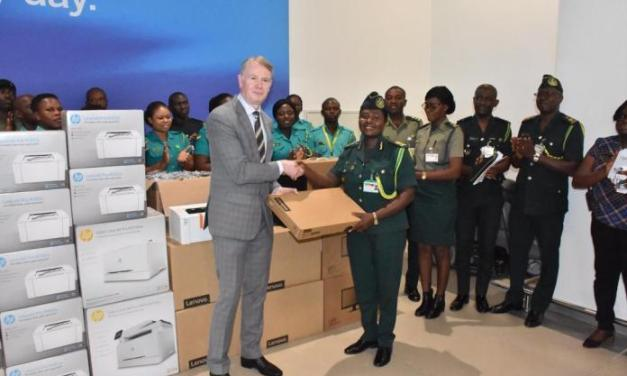 German Police gives anti-fraud device to Ghana Immigration