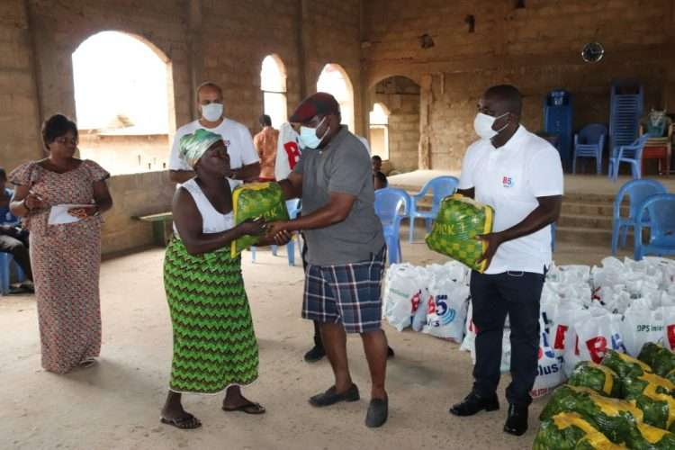 B5 Plus distributes food to families in lock down