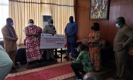 Ghana Exim Bank gives GHC250k to Covid-19 Fund