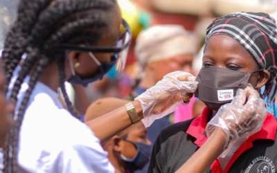 Linfra and Fashion Connect Africa give out nose masks to Madina Zongo residents