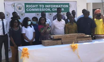Hubtel donates laptop computers to Ghana's Right to Information (RTI) Commission