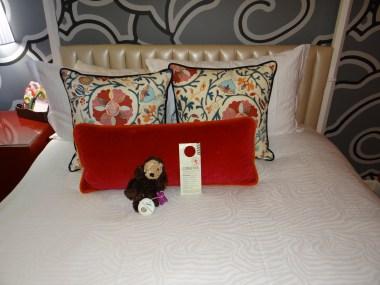 Hotel Monaco Seattle standard room