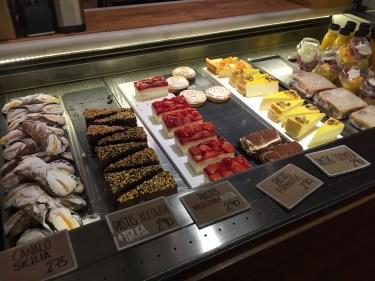 Praktik Bakery Desserts