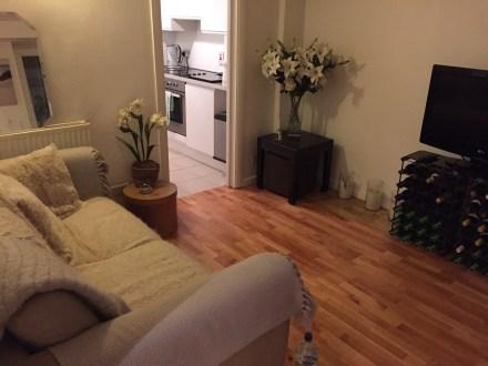Airbnb London basement flat south kensington