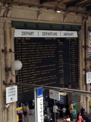 Paris Gard du Nord train board