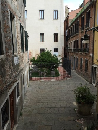 Venice San Marco Apartment Courtyard view