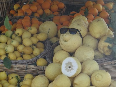 Amalfi Coast Lemon Stand
