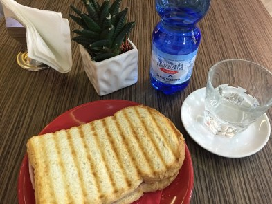Bar Sess Toasted Sandwich Piano di Sorrento