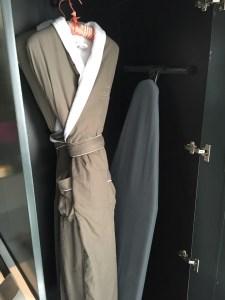 Loews Hotel 1000 robes