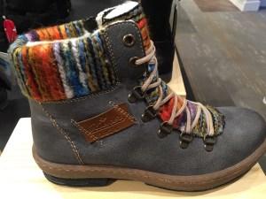 Benjamin Lovell best travel boots Rieker