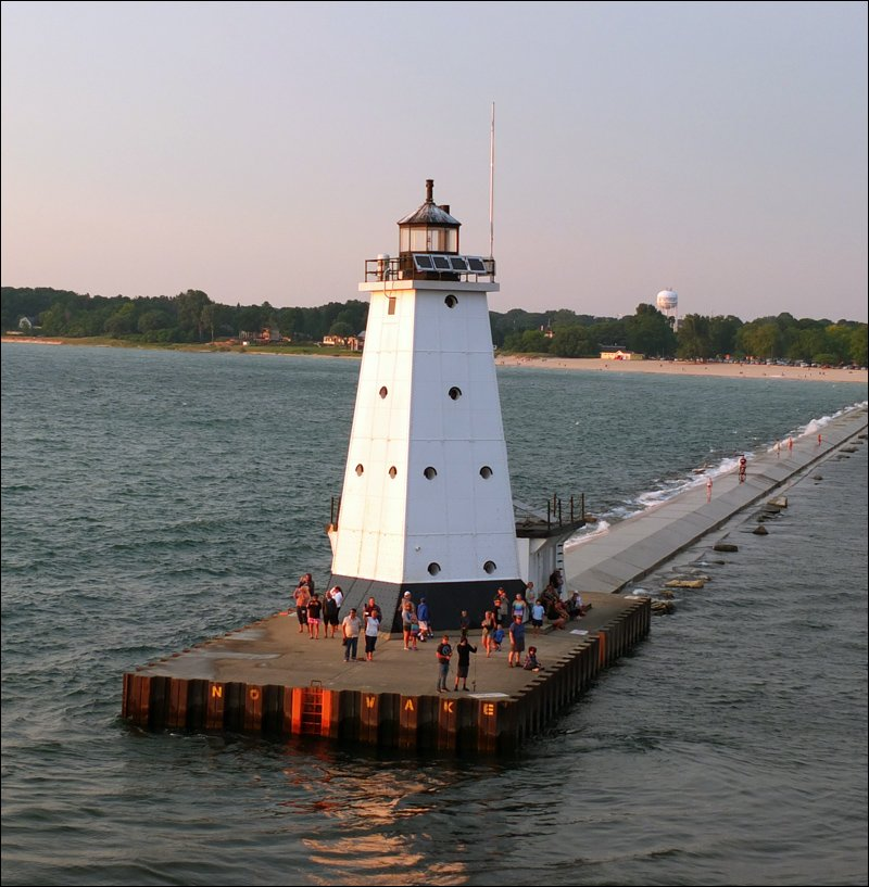 Ludington North Pierhead Light - Leaving Ludington