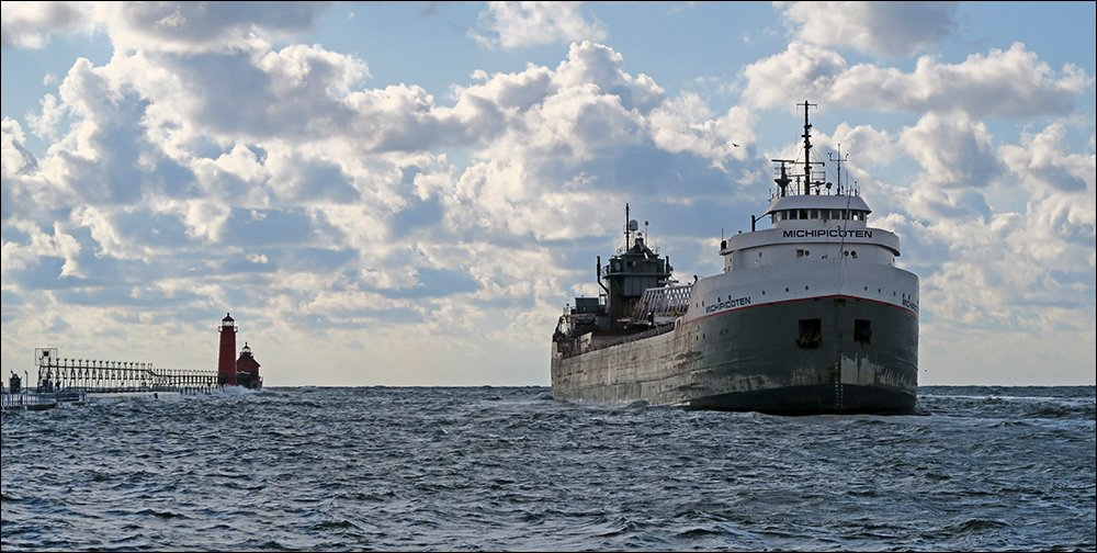 Canadian freighter Michipicoten backing out of Grand Haven channel