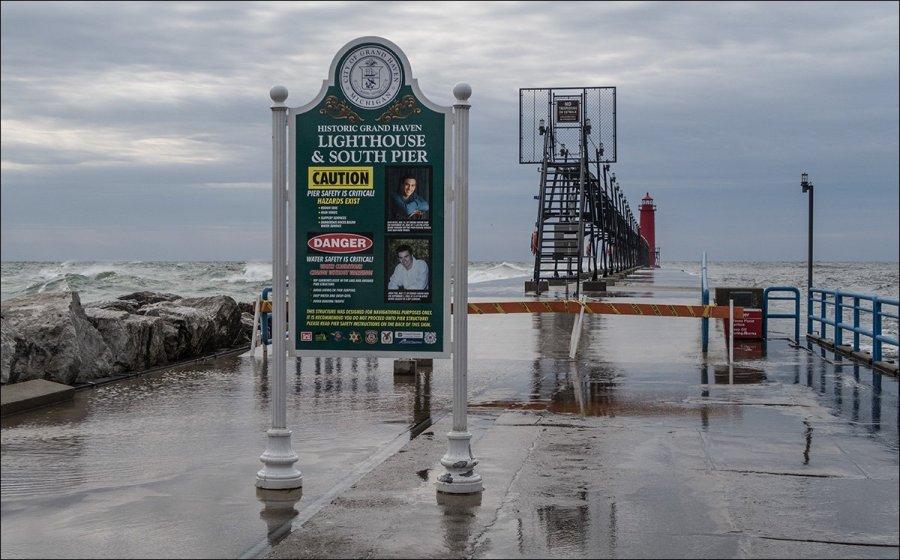 Grand Haven South Pier entrance
