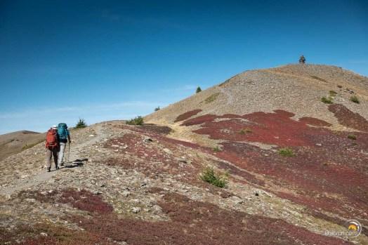 Nous arrivons au sommet de la crête de Gilly. La vue est magnifique de part et d'autre et nous en profiterons un bon moment.