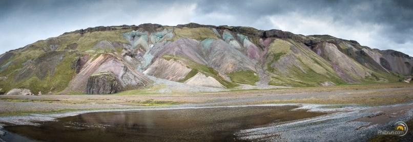 Le paysage sauvage est ici unique par la palette de couleur qu'il offre.