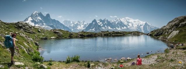 Magnifique vue depuis les lacs Chéserys sur le massif du Mont Blanc