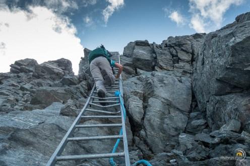 L'échelle qui permet d'accéder au glacier en contrebas