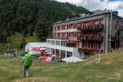 Arrivée à l'hôtel Schwarz Horn
