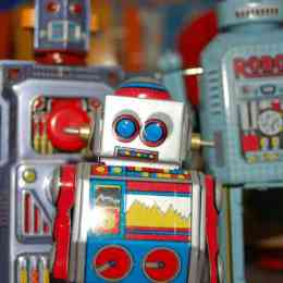 These are the Droids You're Looking For:  Bots as a Tool For Journalism