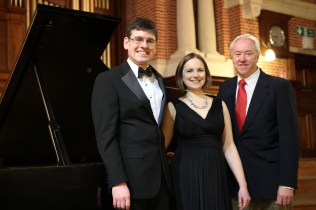 (L-R) Matthew Rickard (pianist), Joanna Tomlinson (soprano), Philip, The Friends Recital in the Great Hall, University of Reading, March 2015