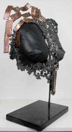 Sculpture de Philippe Buil en metal : dentelle de bronze et d'acier avec cuir Buste de Femme Belisama Athena Piece unique