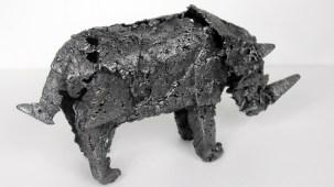 Sculpture en dentelle d'acier - Pièce unique - longueur 29 cm Rhynocéros Rataxes