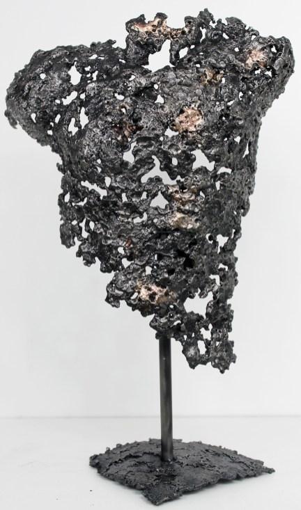 Torse d'homme en métal : dentelle de bronze et d'acier Pavarti Iliade Pièce unique