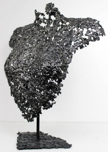 Sculpture de Philippe Buil en metal : dentelle d'acier Corps de Femme Belisama Linda Piece unique