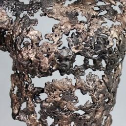 Sculpture représentant une silhouette d'homme en métal : dentelle de Bronze, d'acier Pavarti Et lui Pièce unique