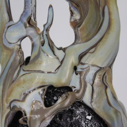 Sculpture de Philippe Buil en metal et verre (steel and glass): dentelle acier et verre Série Cabinet curiosité La Douce Visage Piece unique