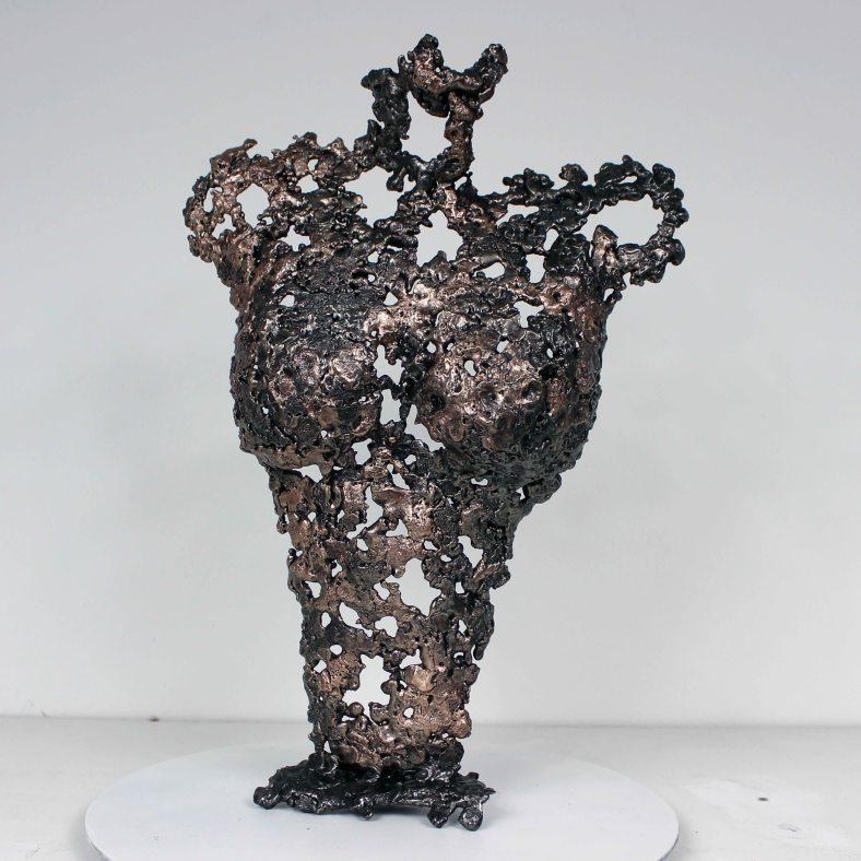 Pavarti Clémence - Sculpture Philippe Buil - Corps de femme met