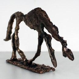 Sculpture hommage aux grands maitres : Chien de Giacometti en métal : dentelle bronze Pièce unique
