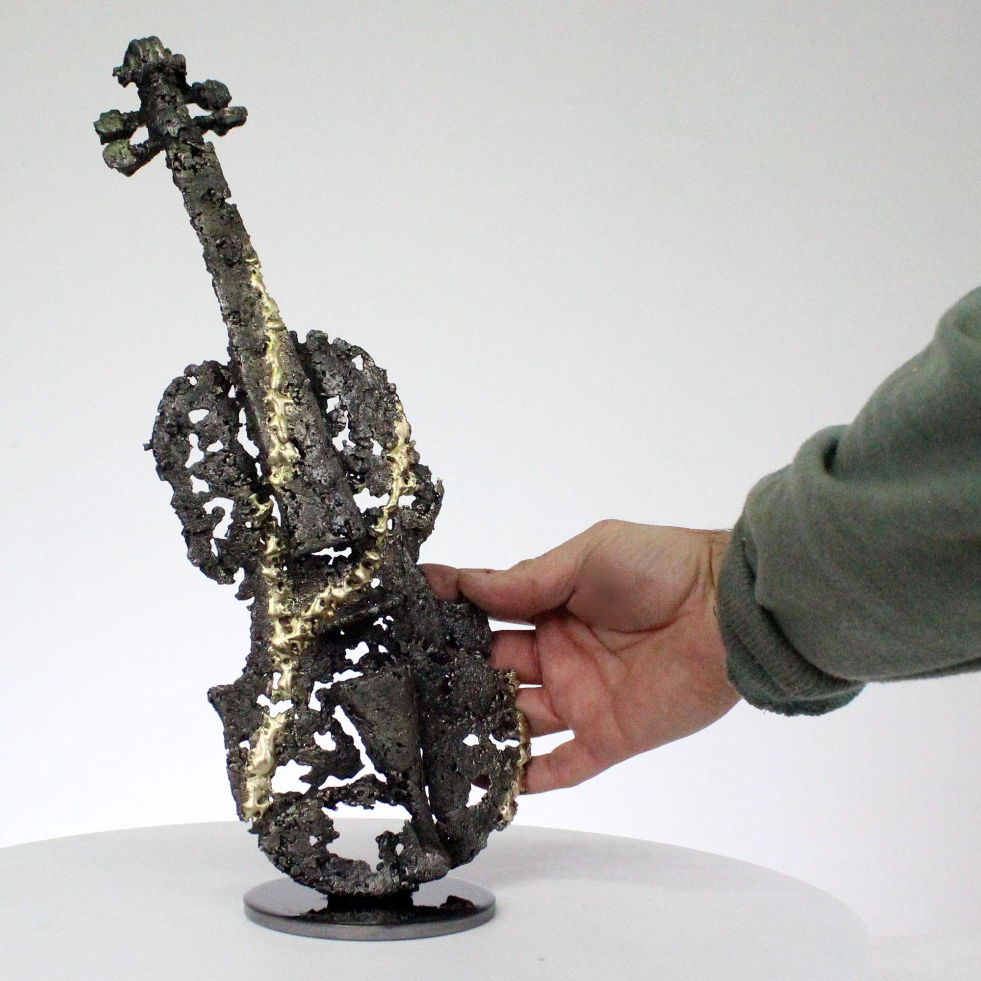 solo de violon I sculpture dentelle acier et laiton violin solo I sculpture lace steel and brass