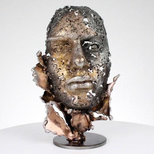 une larme 96-21- Sculpture tête métal Acier bronze aluminium - Sculpture head metal Steel bronze aluminum - Philippe Buil